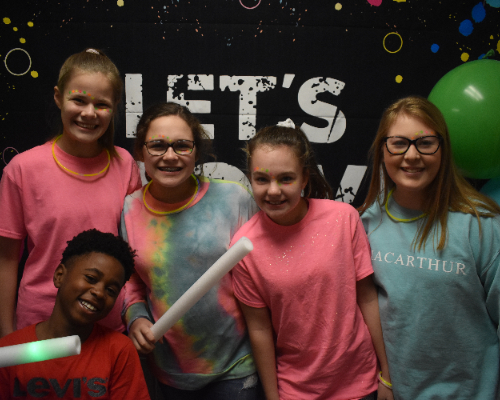 MAC Students enjoyed the Glow Dance on Friday night!